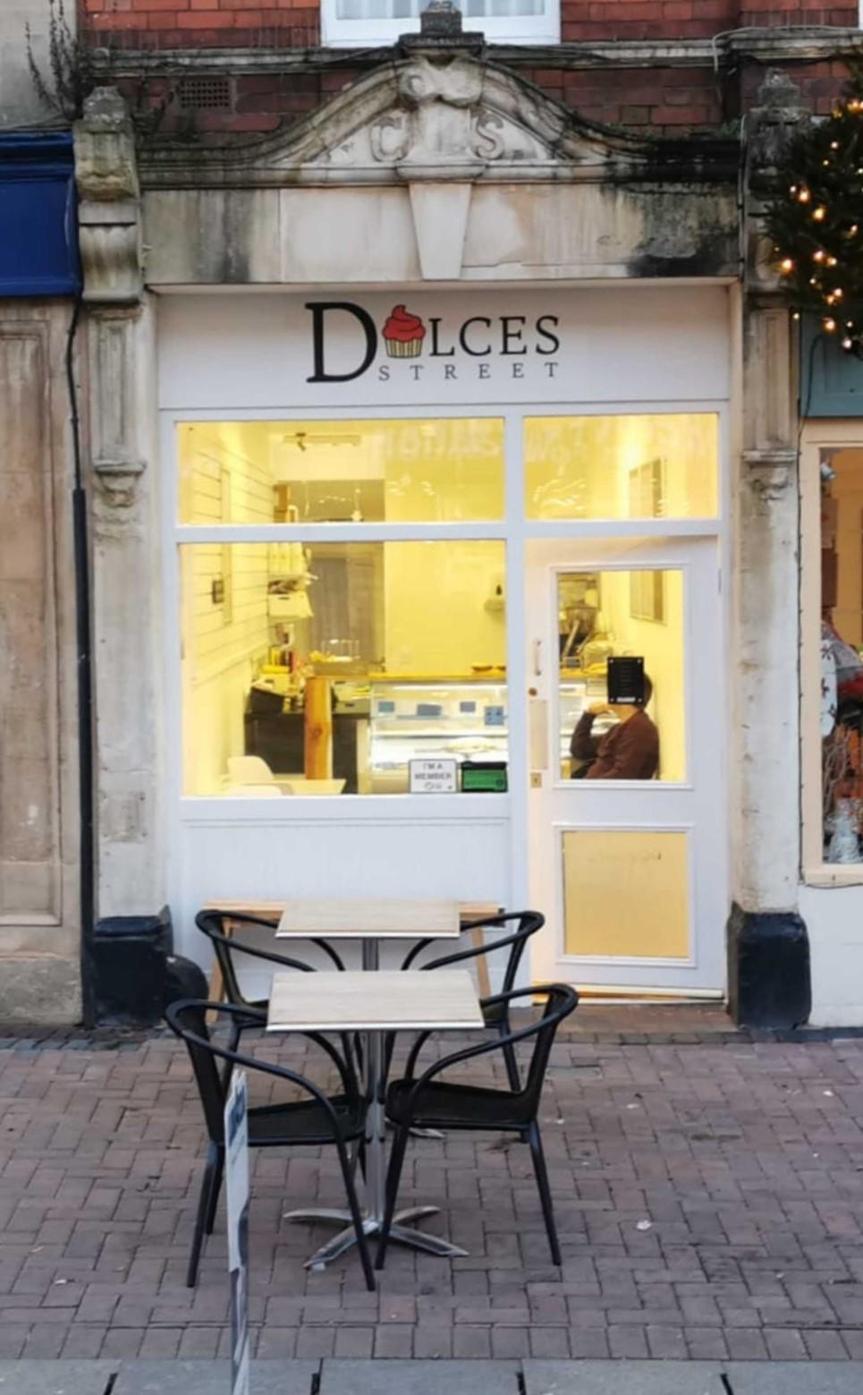 dulces shop front