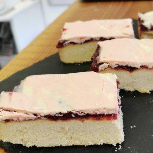 strawberry & white chocolate shortbread